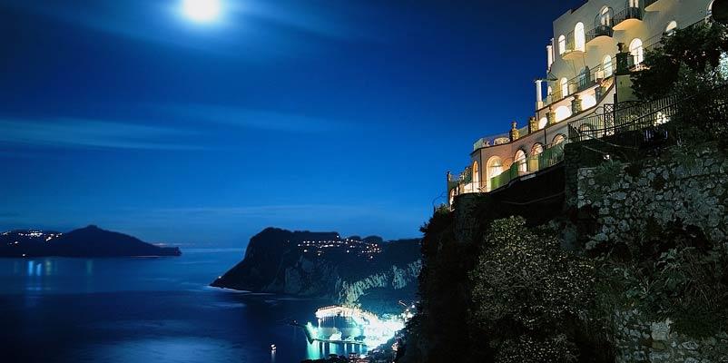 Augustus Hotel Resort